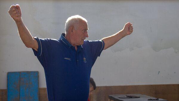 Заслуженный тренер по тяжелой атлетике Феликс Алиев - Sputnik Արմենիա