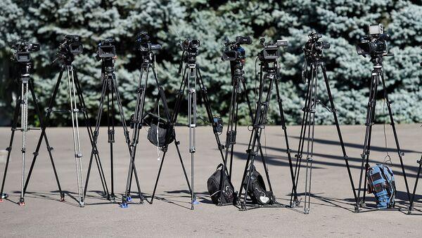 Работа журналистов в пресс-центре во время заседания Высшего Евразийского Экономического Совета (1 октября 2019). Еревaн - Sputnik Армения
