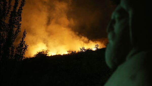 Пожар близ парка Победы - Sputnik Արմենիա