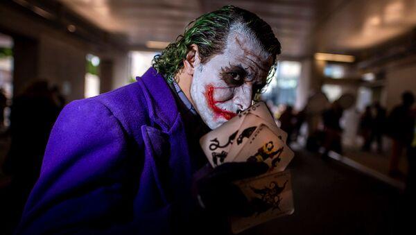 Одетый в костюм Джокера мужчина во время Нью-Йоркского Comic Con (4 октября 2019). Нью-Йорк - Sputnik Армения