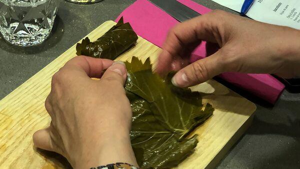 Мастер-класс армянской кухни в армянском ресторане Мадрида - Sputnik Արմենիա