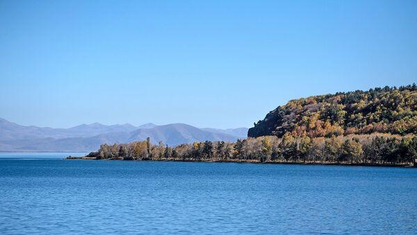 Озеро Севан в Армении. - Sputnik Արմենիա