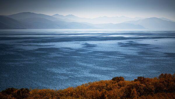 Озеро Севан в Армении. - Sputnik Армения