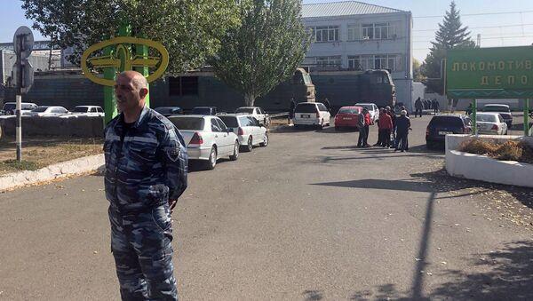 Сотрудники локомотивного депо проводят забастовку (23 октября 2019). Гюмри - Sputnik Արմենիա
