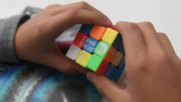 Механическая головоломка Кубик Рубика - Sputnik Արմենիա