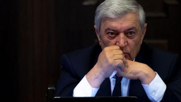 Министр по чрезвычайным ситуациям Феликс Цолакян на заседании правительства Армении (24 октября 2019). Еревaн - Sputnik Արմենիա