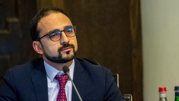 Вице-премьер Тигран Авинян на заседании правительства Армении (24 октября 2019). Еревaн - Sputnik Армения