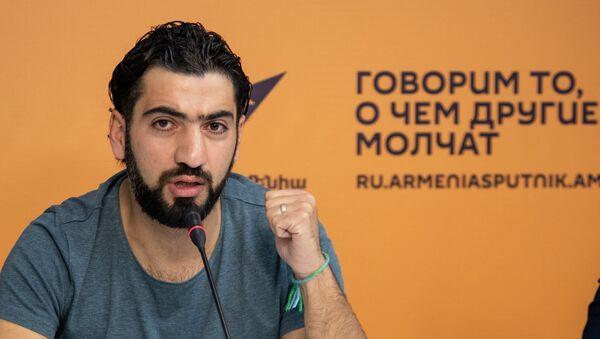 Левон Касабоглян на пресс-конференции Путь к футбольной мечте (29 октября 2019). Еревaн - Sputnik Արմենիա