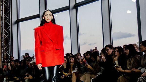 Показ бренда Dalood в рамках недели моды Mercedes-Benz Fashion Week Tbilisi (2-4 ноября 2019). Тбилиси - Sputnik Արմենիա