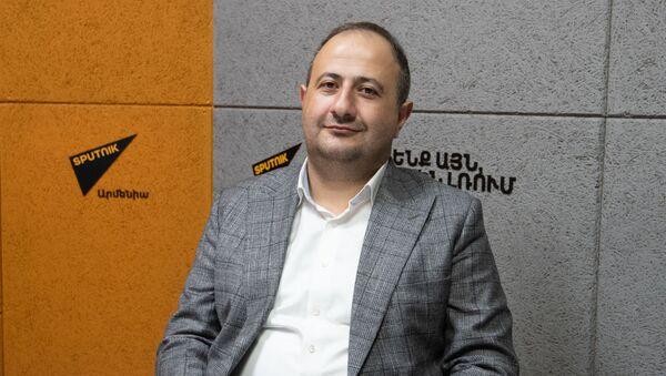 Рубен Мелконян - Sputnik Արմենիա