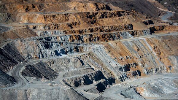 Рудник Зангезурского медно-молибденового комбината - Sputnik Армения