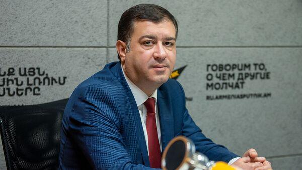 Арман Налбандян - Sputnik Արմենիա