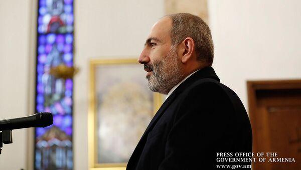 Премьер-министр Никол Пашинян на встрече с армянской диаспорой в Милане (20 ноября 2019). Италия - Sputnik Արմենիա