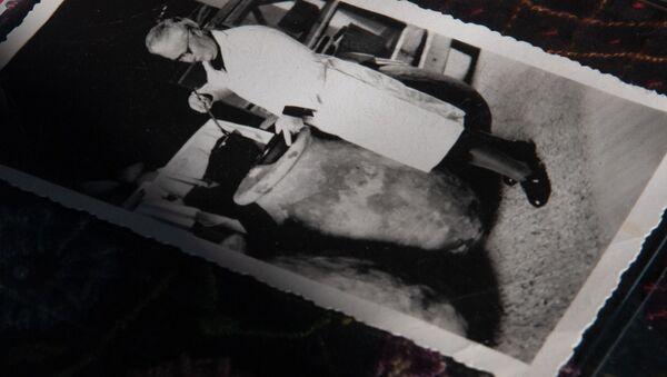 Фотография с изображением Марии Якобсон в приюте для сирот в музее-институте Геноцида армян - Sputnik Армения
