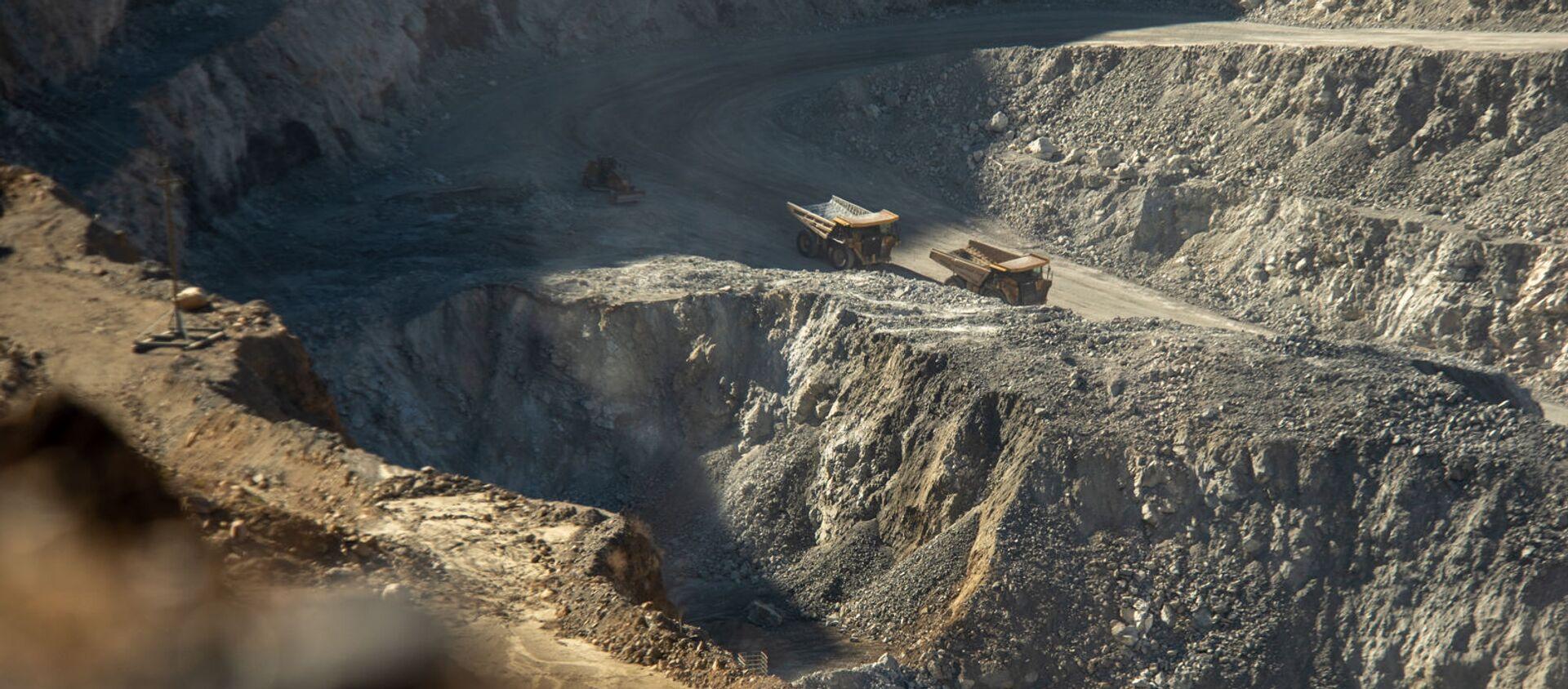 Медно-молибденовый рудник в Каджаране - Sputnik Армения, 1920, 08.07.2021