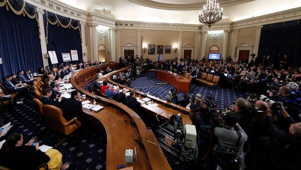 Посол США в ЕС Гордон Сондленд принимает присягу перед слушанием его комитета по разведке Палаты представителей в рамках расследования импичмента президента США (20 ноября 2019). Вашингтон - Sputnik Արմենիա