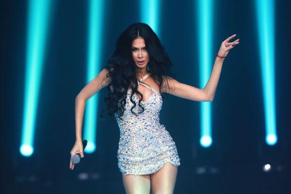 Певица Egine выступает на финале международного конкурса Miss Fashion 2019  GODDESS OF THE UNIVERSE в концертном зале Vegas City Hall в Москве - Sputnik Армения