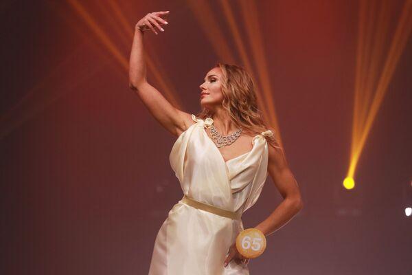 Участница финала международного конкурса Miss Fashion 2019 – GODDESS OF THE UNIVERSE в концертном зале Vegas City Hall в Москве - Sputnik Армения