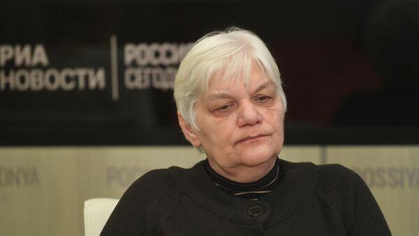 Председатель жюри премии Антоновка 40+ в номинации Литературная критика, переводчик, публицист Марина Кудимова - Sputnik Армения