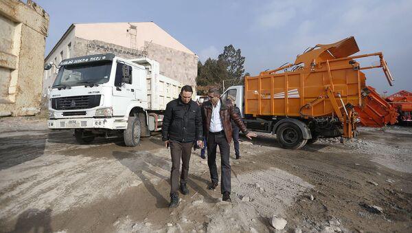 Мэр Еревана Айк Марутян посетил учреждение Вывоз мусора и саночистка Еревана (29 ноября 2019). Ереван - Sputnik Արմենիա