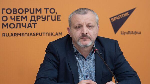 Пресс-конференция Сурена Суренянца Какой должна быть новая оппозиция в Армении? (4 декабря 2019). Еревaн - Sputnik Արմենիա