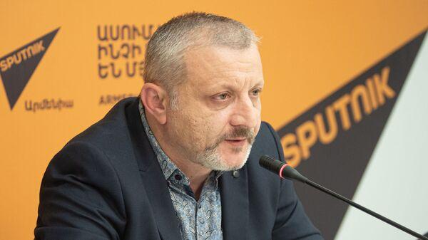 Пресс-конференция Сурена Суренянца Какой должна быть новая оппозиция в Армении? (4 декабря 2019). Еревaн - Sputnik Армения
