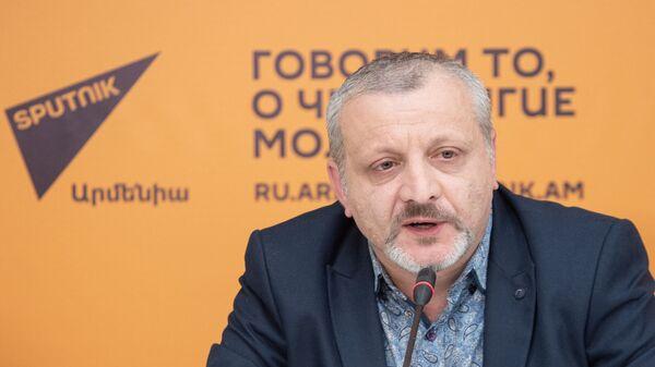 Սուրեն Սուրենյանց - Sputnik Արմենիա