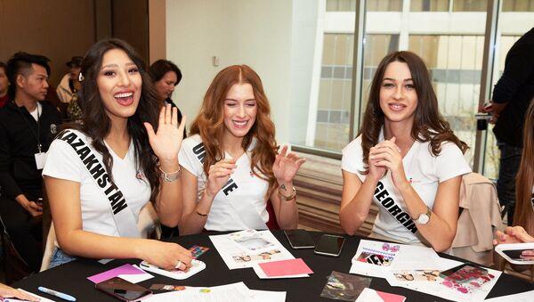 Участницы конкурса красоты Miss Universe 2019 (представительница Грузии справа) - Sputnik Армения