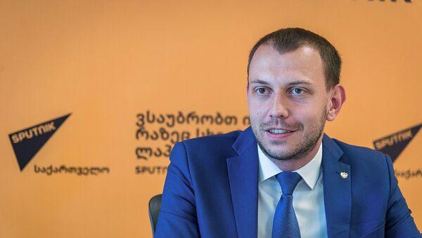 Политолог Антон Бредихин - Sputnik Армения