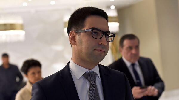Министр юстиции Армении Рустам Бадасян после третйего форума армяно-грузинского юридического сотрудничества (9 декабря 2019). Еревaн - Sputnik Արմենիա