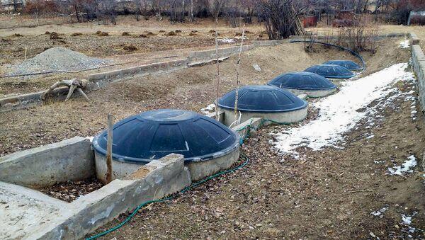 Биогазовая установка в селе Памбак, Гегаркуник - Sputnik Армения