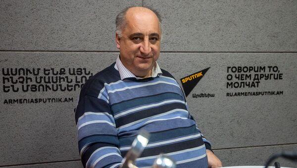 Сероб Хачатрян - Sputnik Արմենիա