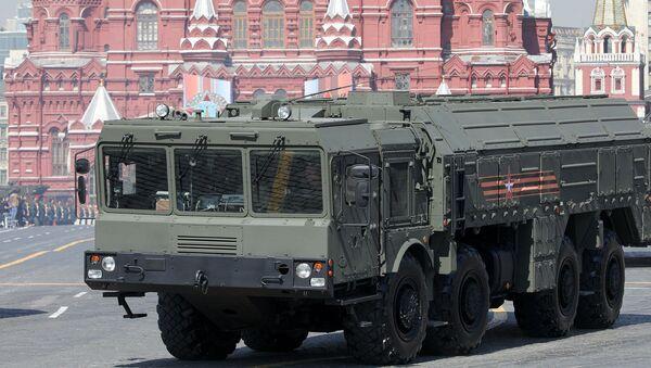 Оперативно-тактические ракетные комплексы Искандер на репетиции военного парада на Красной площади (7 мая 2019). Москвa - Sputnik Армения