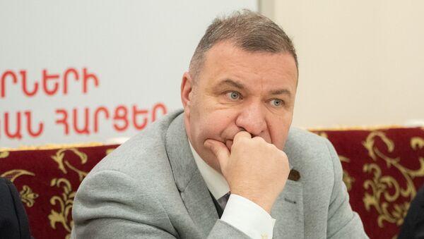 Микаел Мелкумян на пресс-конференции «Актуальные вопросы внутренней и внешней политики стран евразийского интеграционного пространства» (20 января 2020). Еревaн - Sputnik Армения