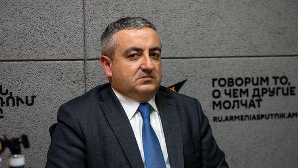 Руководитель Государственной службы по безопасности пищевых продуктов Георгий Аветисян - Sputnik Արմենիա