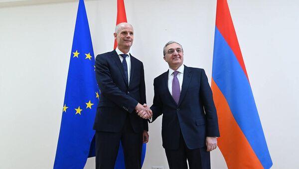 Встреча министров иностранных дел Армении и Нидерландов Зограба Мнацаканяна и Стефа Блока (23 января 2020). Еревaн - Sputnik Армения