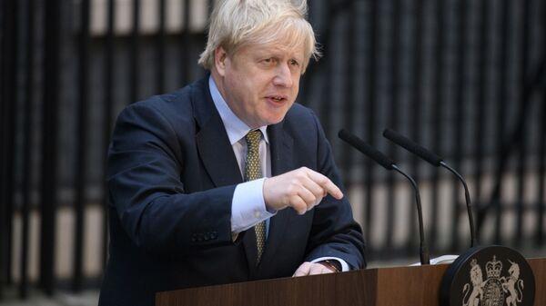 Премьер-министр Великобритании Борис Джонсон выступает на Даунинг-стрит (13 декабря 2019). Лондон - Sputnik Армения