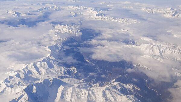 Армянское нагорье с самолета - Sputnik Армения