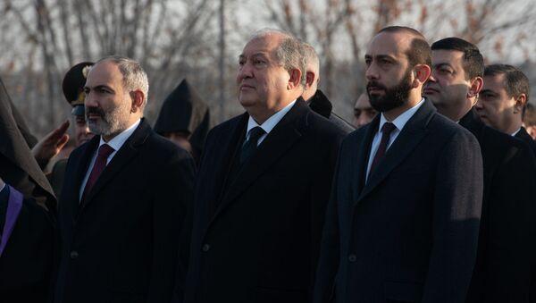 День Армии в Мемориальном комплексе Ераблур (28 января 2020). Еревaн - Sputnik Армения