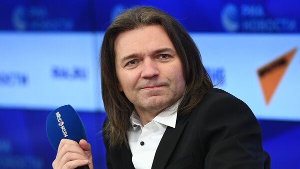 Творческая встреча с народным артистом России Д. Маликовым  - Sputnik Армения