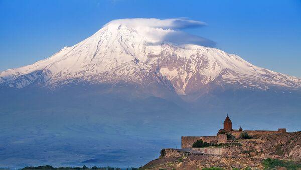Кадр дня: Арарат во всей красе  - Sputnik Армения