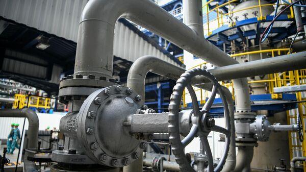 Нефтеперерабатывающая установка - Sputnik Армения