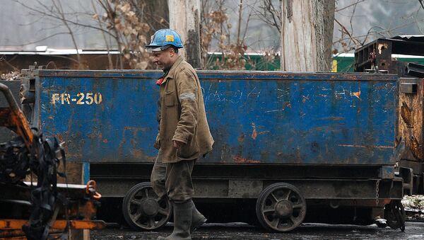 Шахтер на угольной шахте Вуйек в Катовице, в Южном горном районе Силезия (21 ноября 2018). Польша - Sputnik Արմենիա