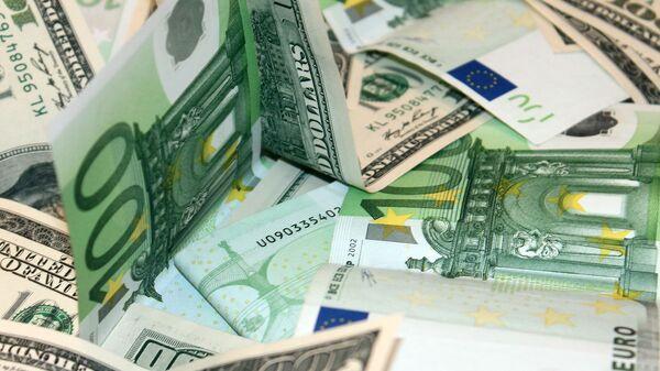 Доллары и евро - Sputnik Армения
