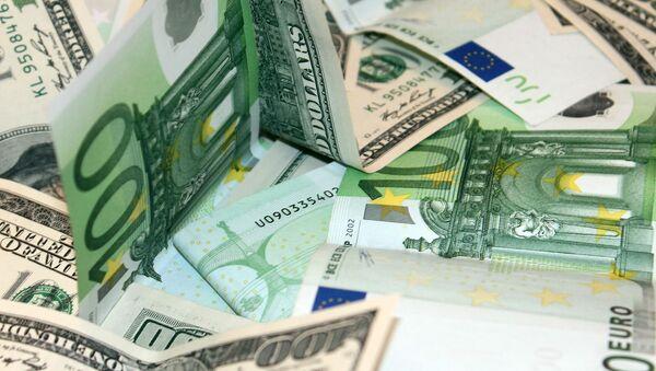 Доллары и евро - Sputnik Արմենիա