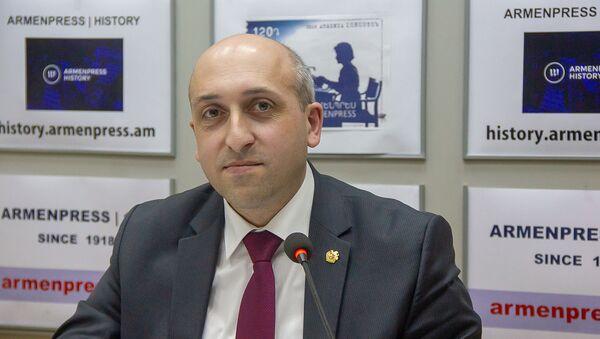 Губернатор Лори Андрей Гукасян на пресс-конференции (22 февраля). Еревaн - Sputnik Արմենիա