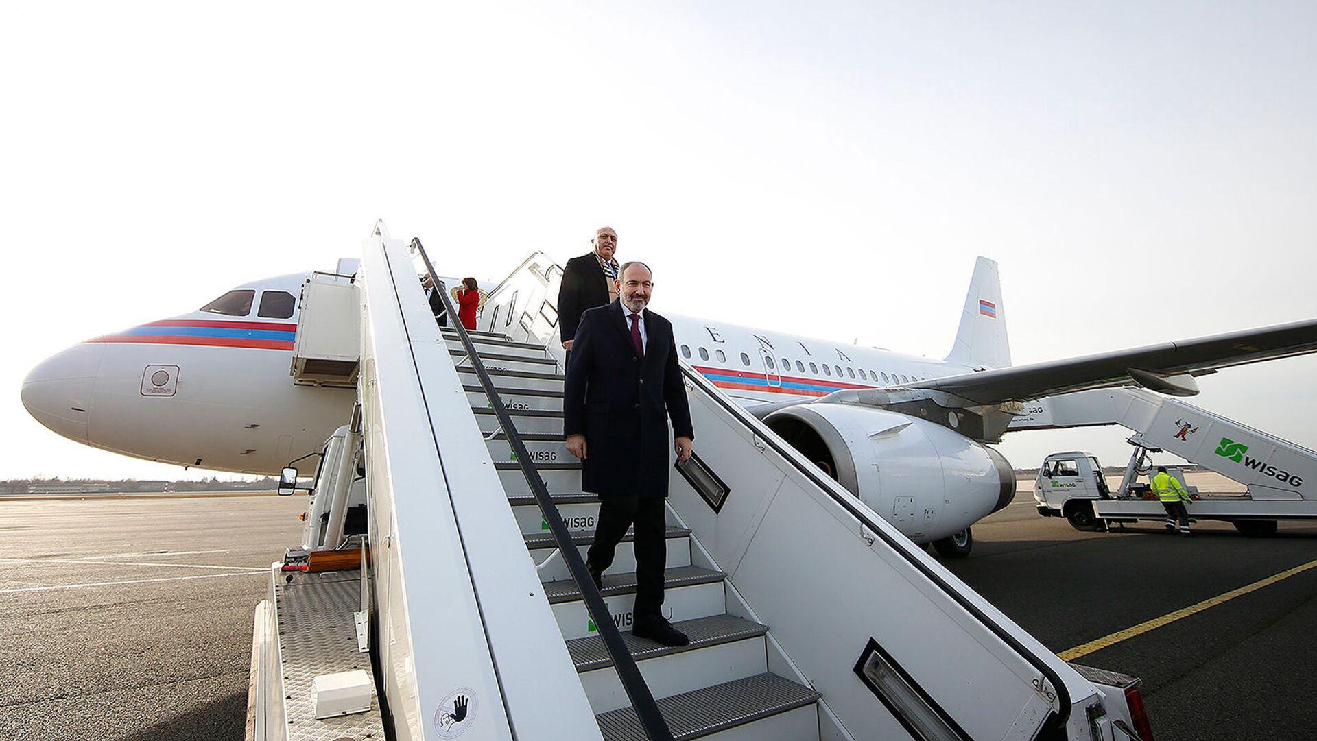 Премьер-министр Армении Никол Пашинян прибыл с официальным визитом в Германию (13 февраля 2020). Берлин - Sputnik Армения, 1920, 04.08.2021