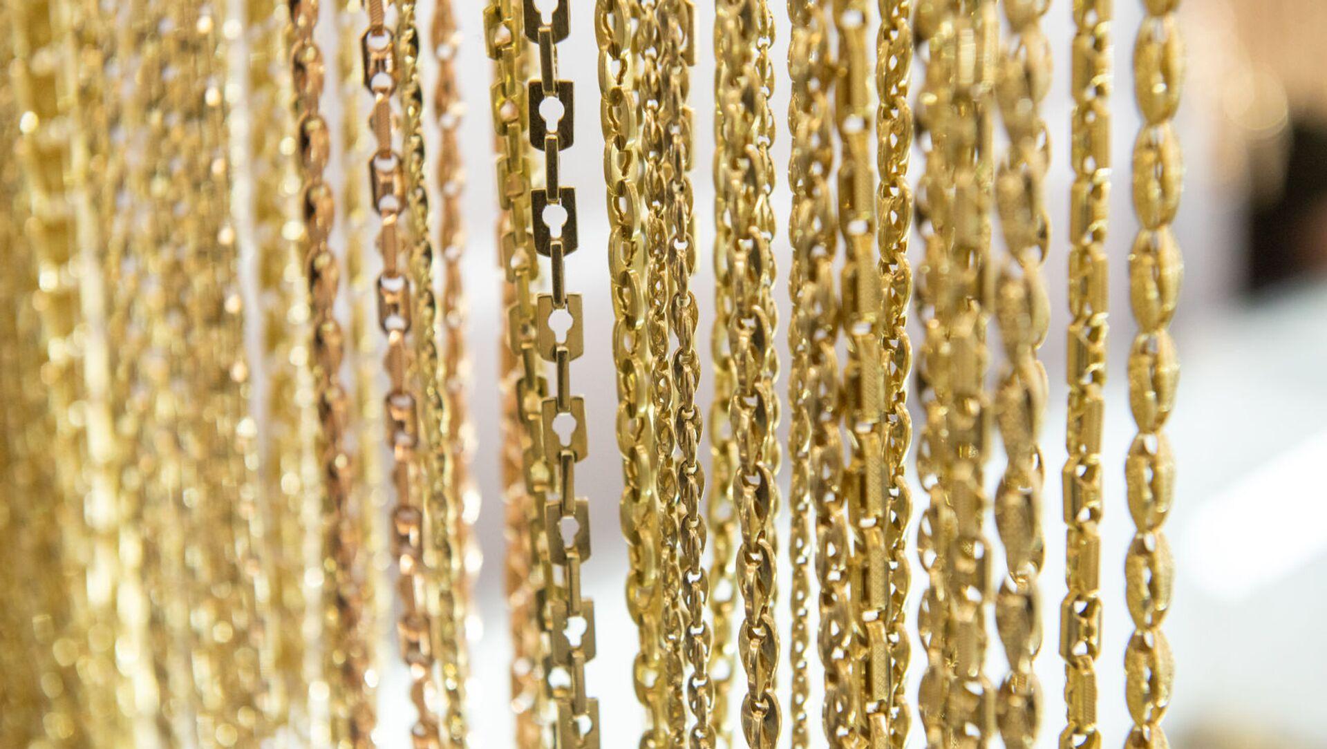 Золотые изделия на рынке золота в Армении  - Sputnik Армения, 1920, 18.06.2021