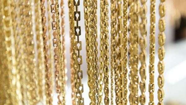 Золотые изделия на рынке золота в Армении  - Sputnik Армения