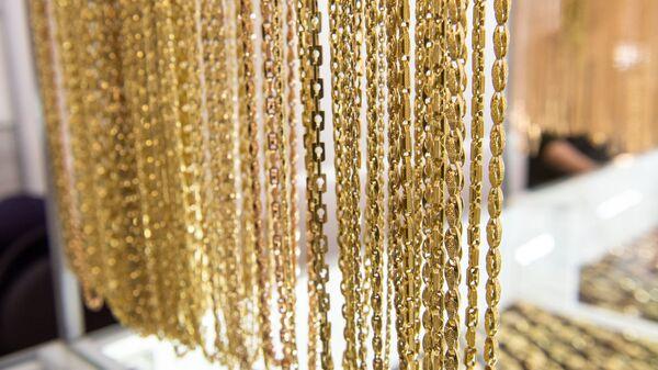 Золотые изделия на рынке золота в Армении  - Sputnik Արմենիա